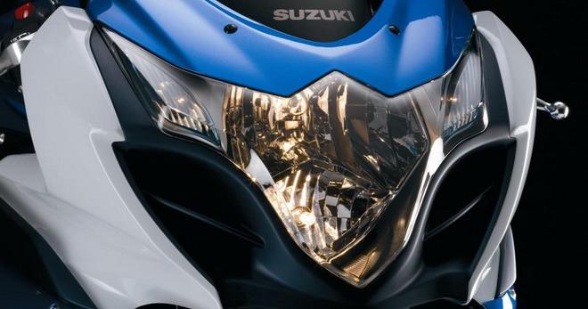 Mejora el alumbrado de tu moto puliendo los faros - Pulimento para faros ...