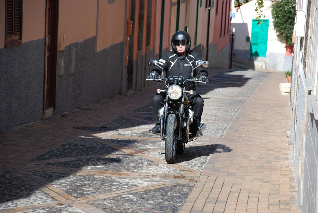 Prueba Del Casco Caberg Downtown S Bt Canariasenmoto Com