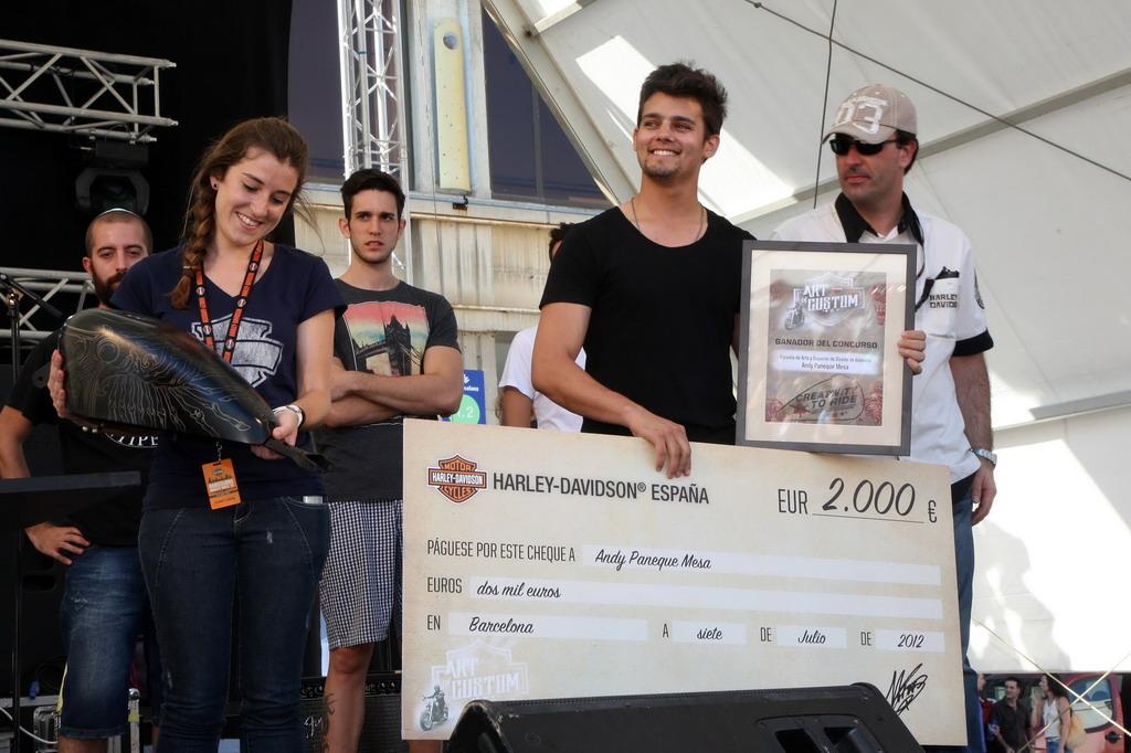 Concurso nacional de customizaci n de dep sitos h d - Escuela de diseno vitoria ...