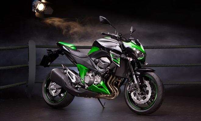 Comprarse Una Kawasaki Z800 Nueva Es Motivo De Divorcio